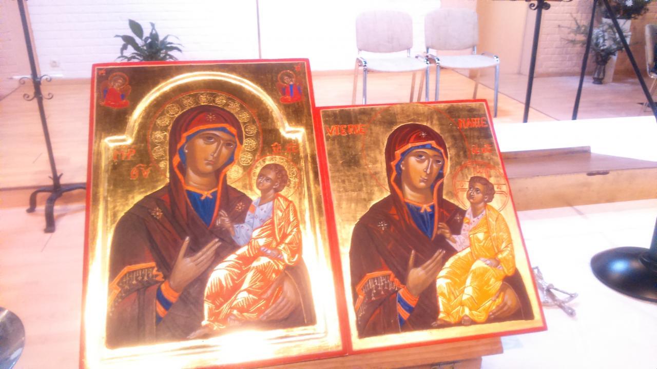 Icone de la Vierge  qui  montre le  chemin  (  Hogiditria)